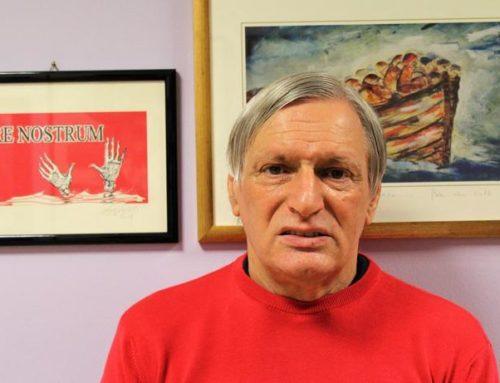 Una maglietta rossa per restare umani